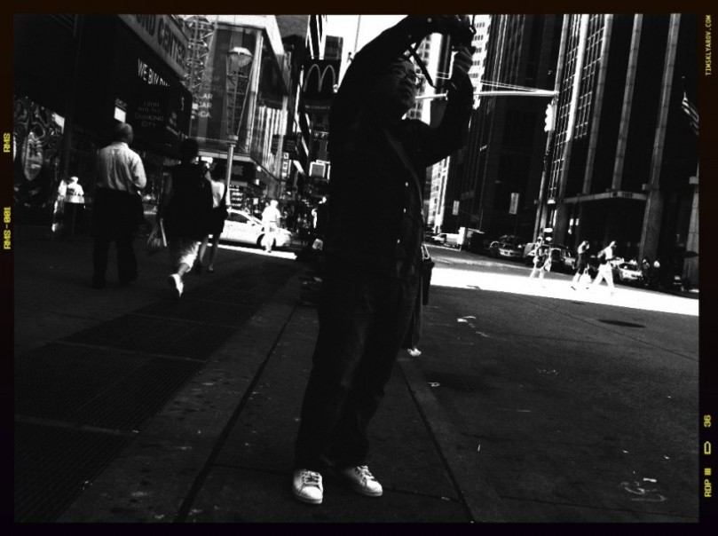 People-on-the-Streets-of-NYC_11-818x611