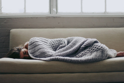 wpid-blanket-bored-cold-cosy-couch-favim.com-366635.jpg
